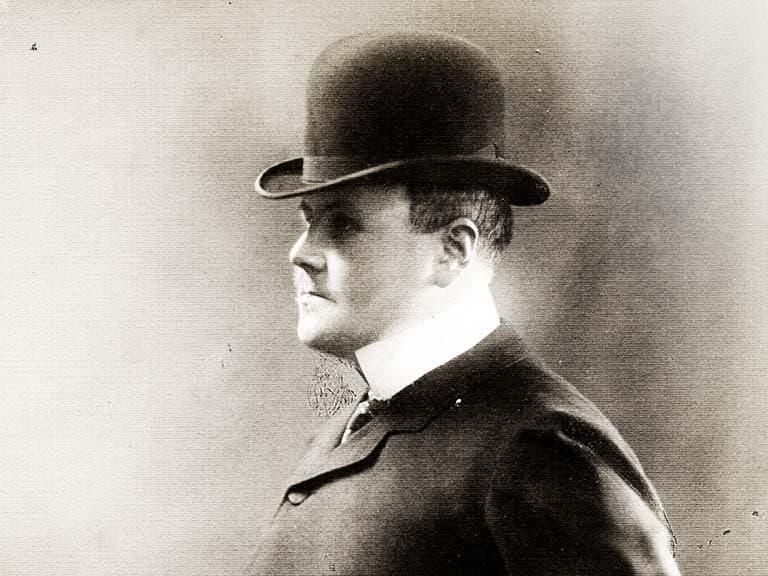 Portrait de Maurice Burrus, bâtisseur de l'Auberge des Dauphins.