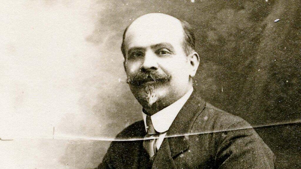 Portrait de Paul Boyer, architecte de l'Auberge des Dauphins.